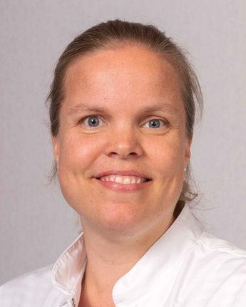 Foto: Mevr. Drs. H.M.J. van der Velden