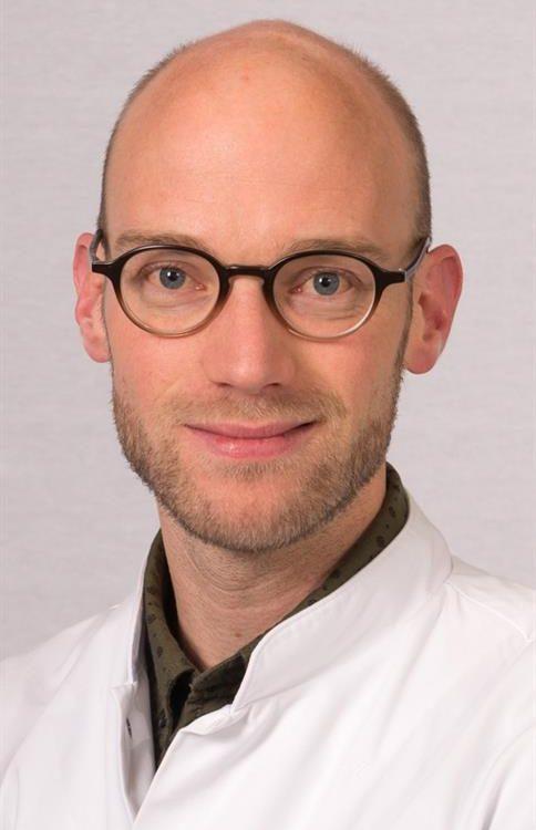 Foto: Dhr. drs. J.J. van Dillen